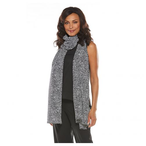 Coolibar---UV-shawl-for-women---black-and-white