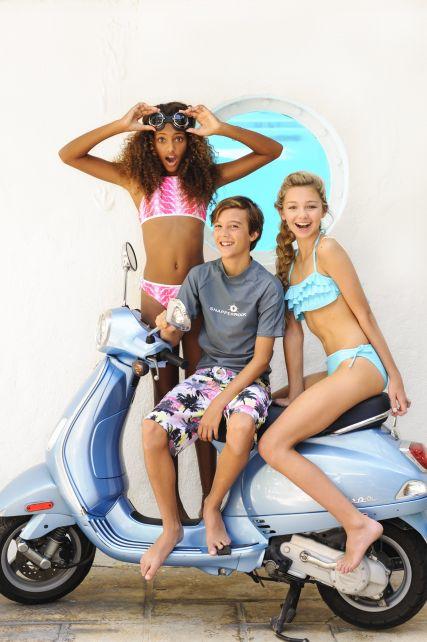 Snapper Rock - Aqua Ruffle bandeau bikini - 0